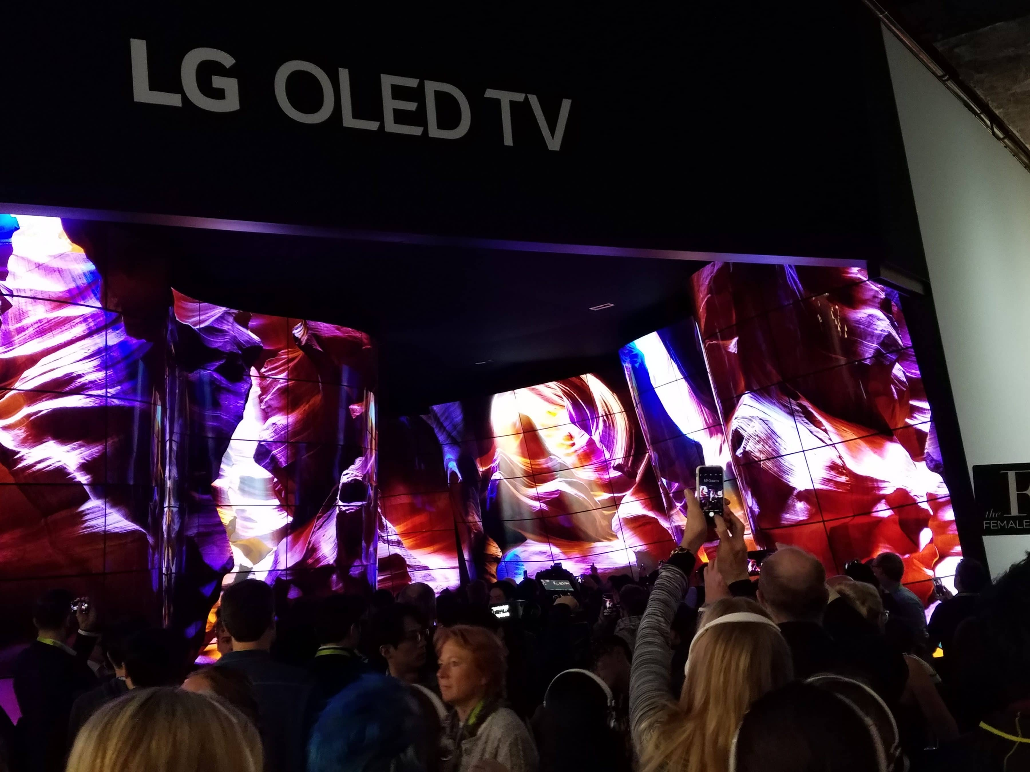 LG Curved TVs CES 2018